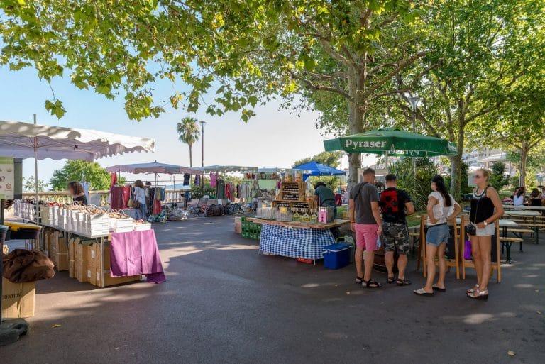 marché place centre historique Grasse