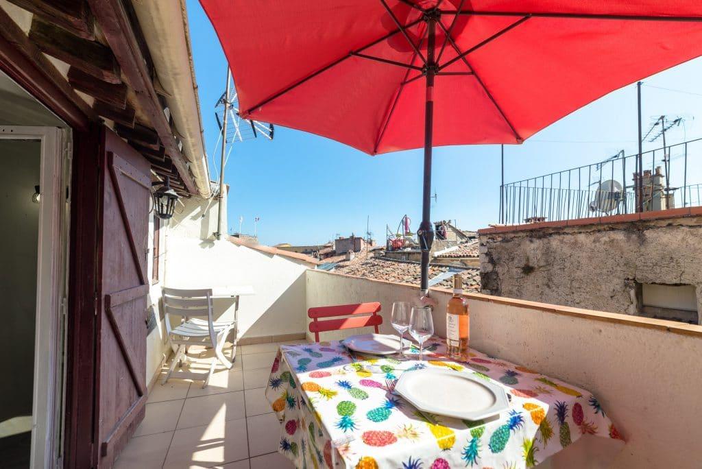 terrasse centre historique grasse vue sur toit
