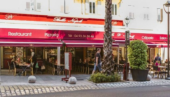 exterieur restaurant bella napoli